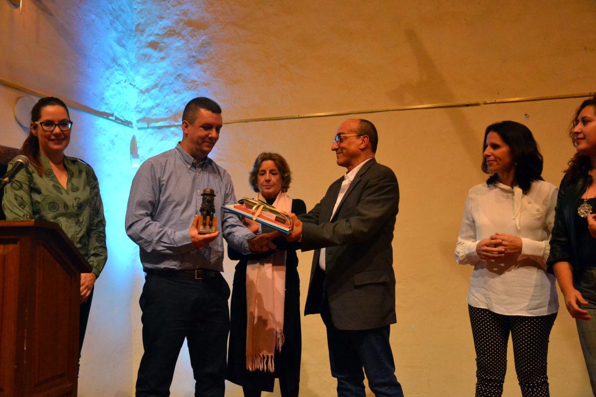 Ricardo Velázquez, del IES Güímar, gana el II Premio Aula de Palabras Pedro Cerrillo