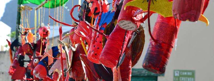 Los colegios y asociaciones de Los Silos ponen color al Festival con sus decorados del fuego