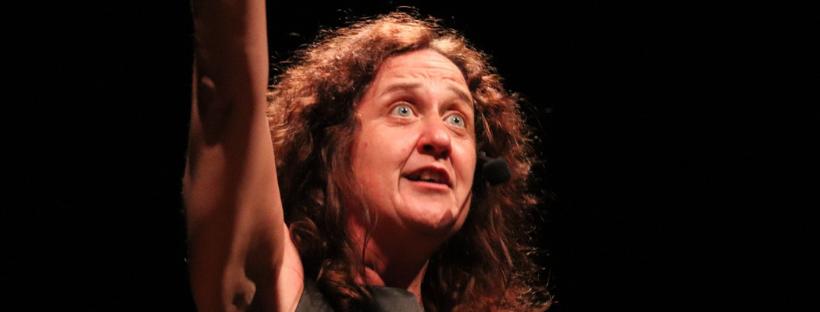 """Paula Carballeira: """"Hay que volver a considerar al teatro como un lugar donde reflexionar sobre la realidad"""""""